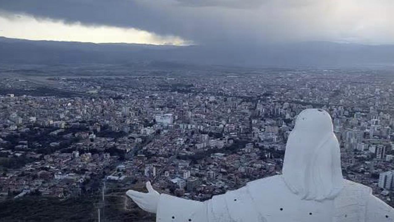Oposición quiere tomar el poder en Bolivia de forma pacífica