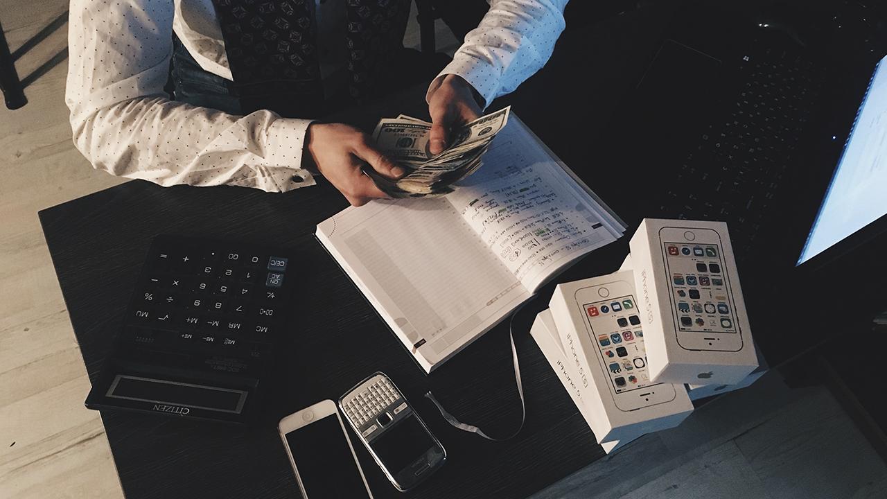¿Cómo ser millonario antes de los 35 años?