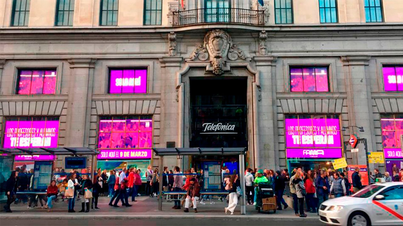 Carlos Slim lucha por comprar filial de Telefónica en El Salvador