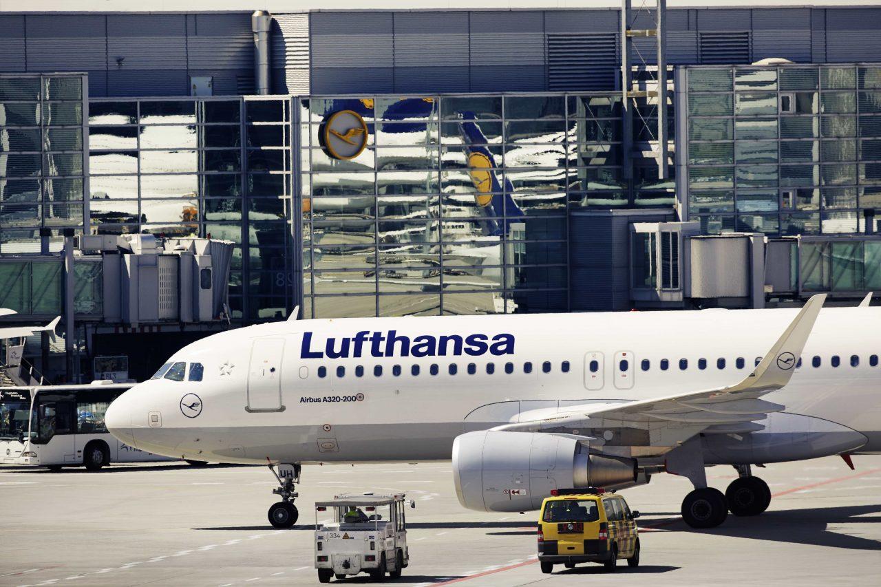 Lufthansa reducirá hasta un 50% su capacidad por el coronavirus
