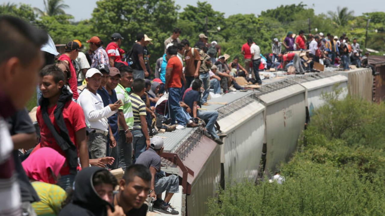El 76.1% de los migrantes de Centroamérica dejaron su país por violencia: Acnur