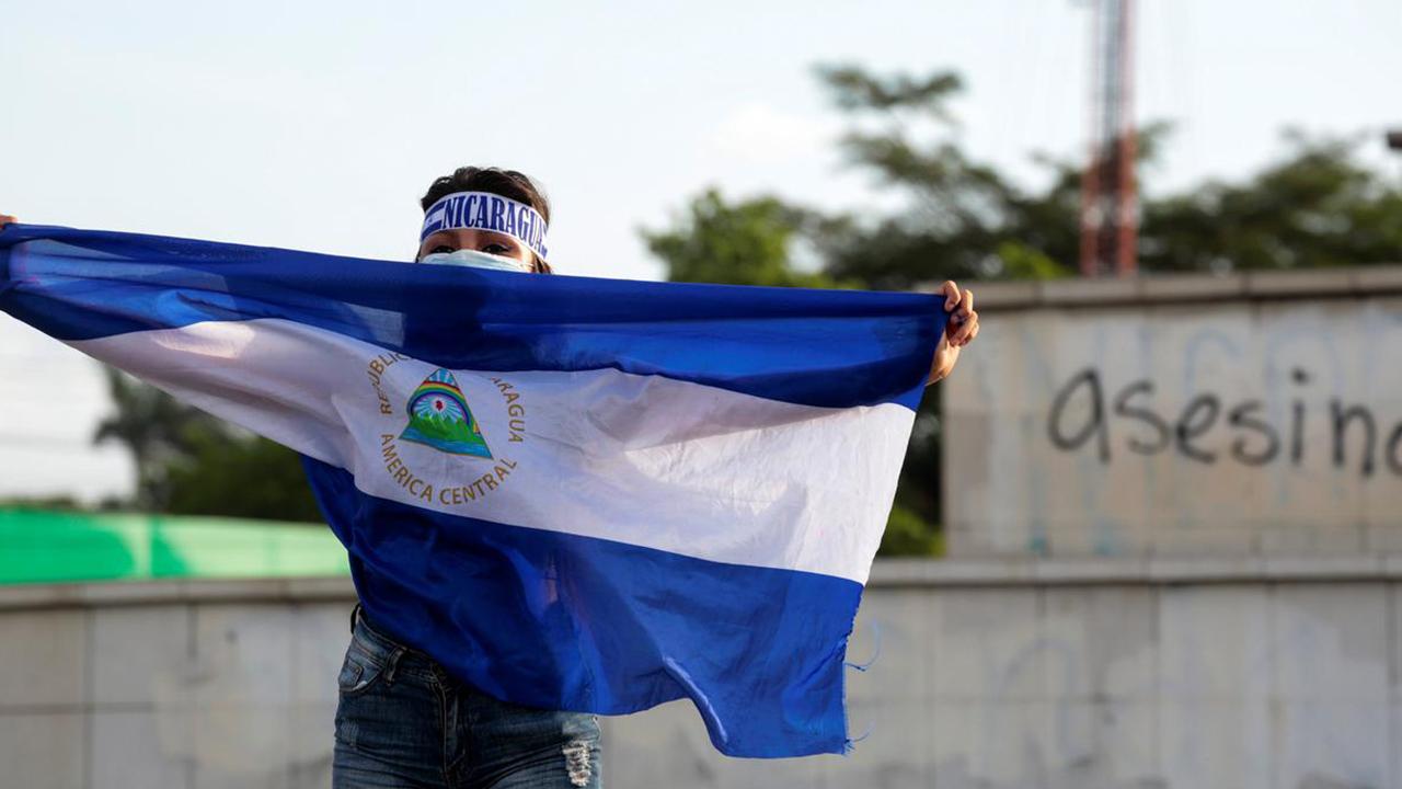 Nicaragua instaura la cadena perpetua por feminicidio agravado