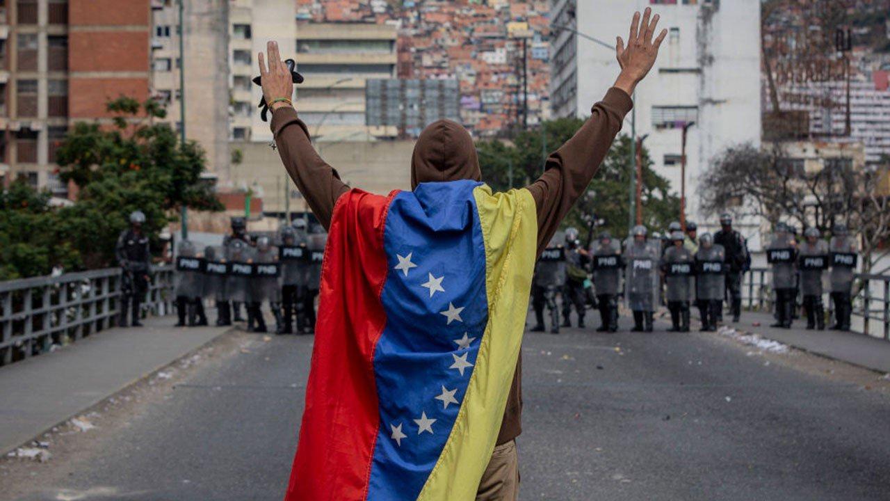 Hambre e hiperinflación, los virus sin vacuna que enfrenta Venezuela