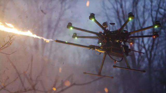 dron lanzallamas