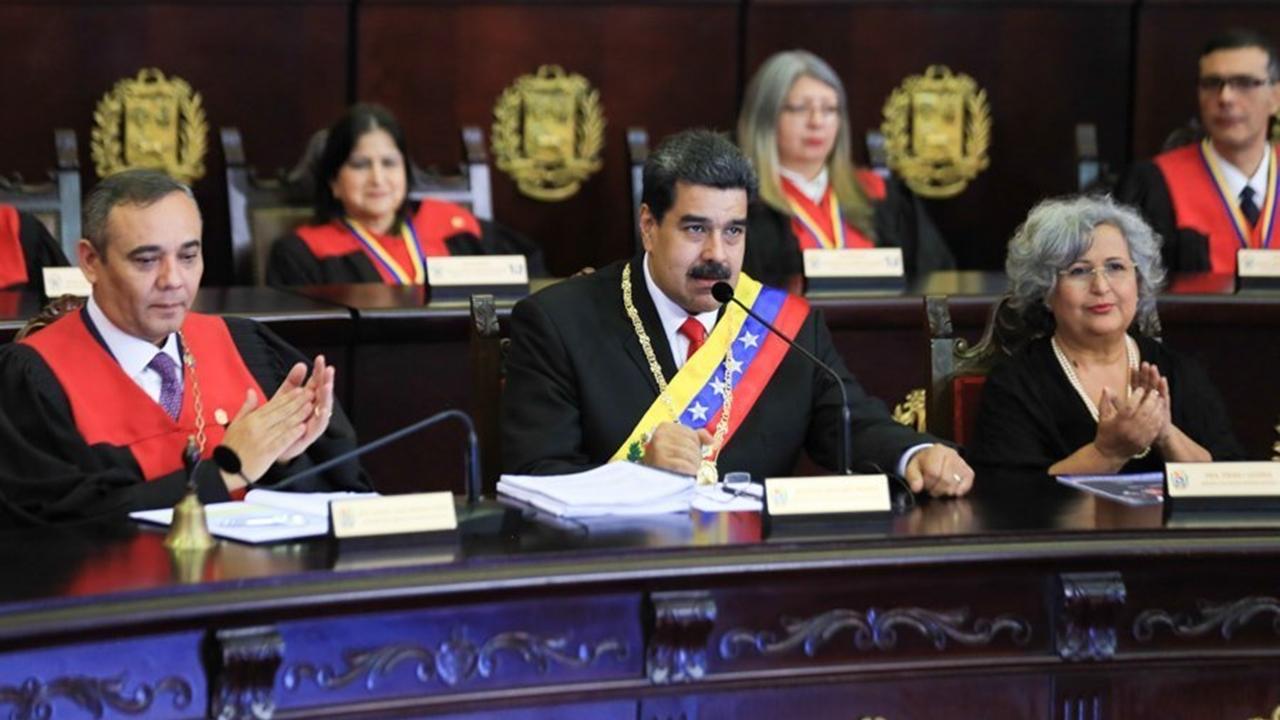 Maduro tiene poco tiempo para dejar el poder, advierte EU