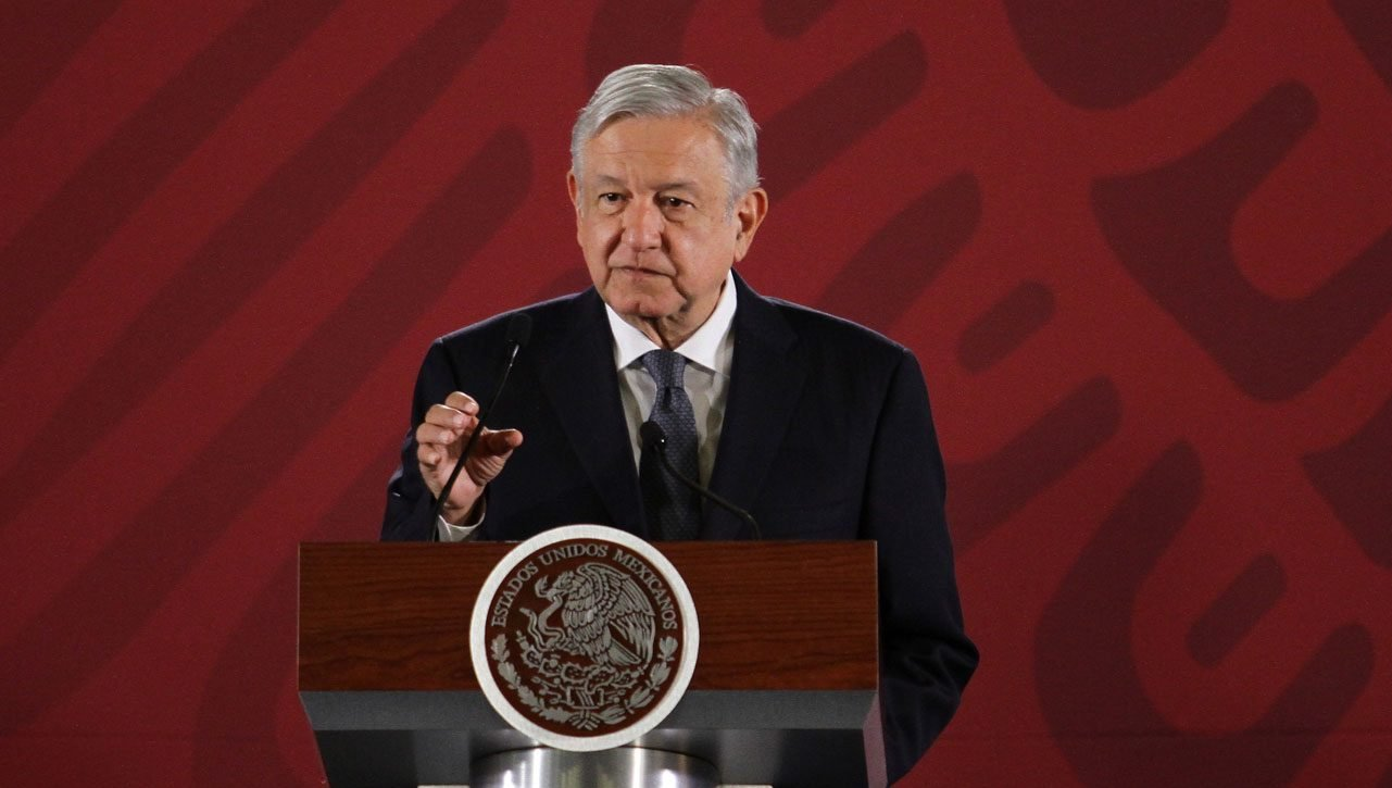 Presidente de México da positivo a COVID-19 y recibe asistencia médica