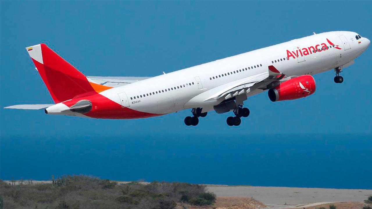 Avianca anuncia reinicio de operaciones en Colombia