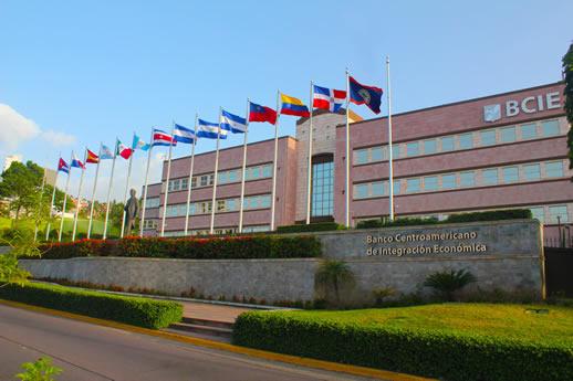 BCIE destaca cartera innovadora de 2.6 mdd con Costa Rica