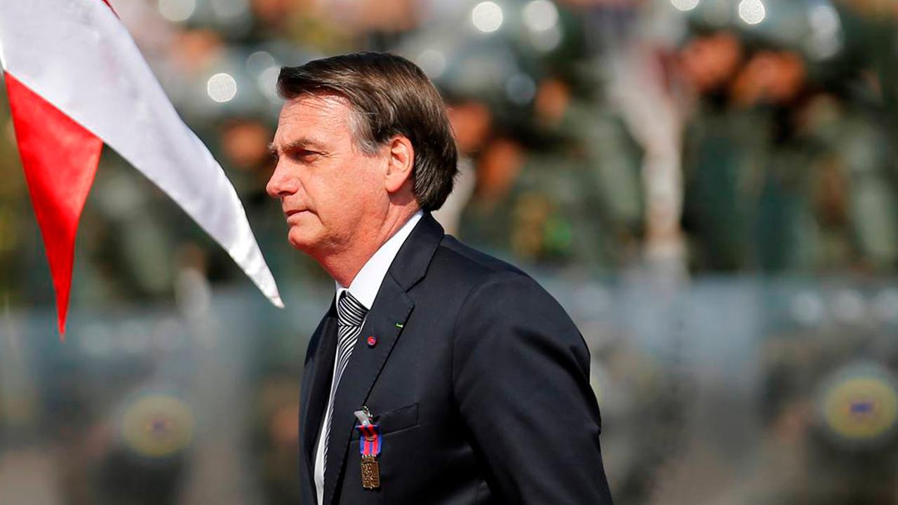 Bolsonaro usa carta de un suicida para justificar rechazo a confinamiento