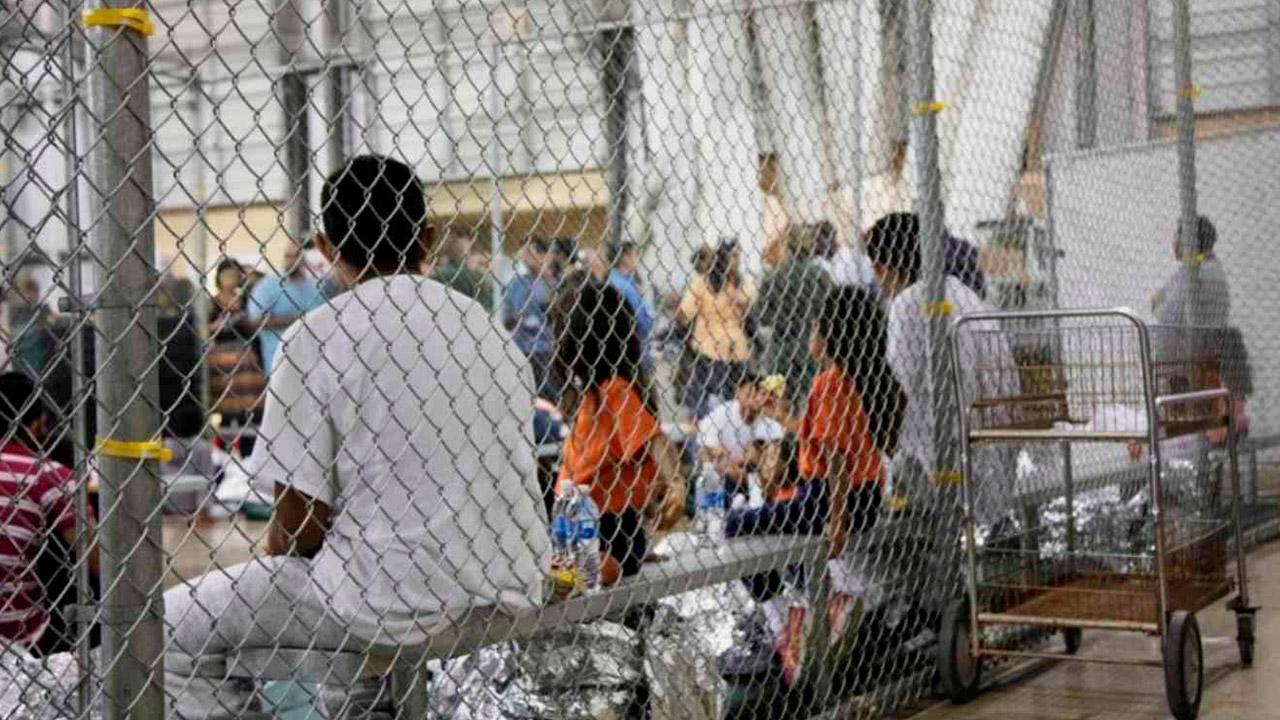 Piden a centroamericanos no exponer a niños en caravanas hacia EU