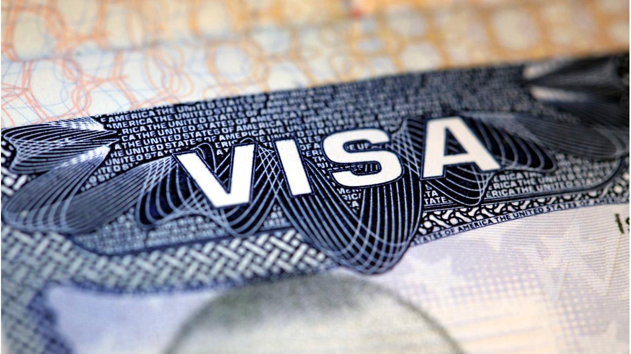 Grupo de 50 salvadoreños trabajarán en Estados Unidos gracias visas temporales