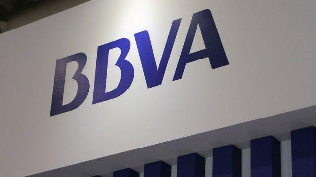 BBVA, primer banco en el mundo en eliminar el efectivo de las ventanillas