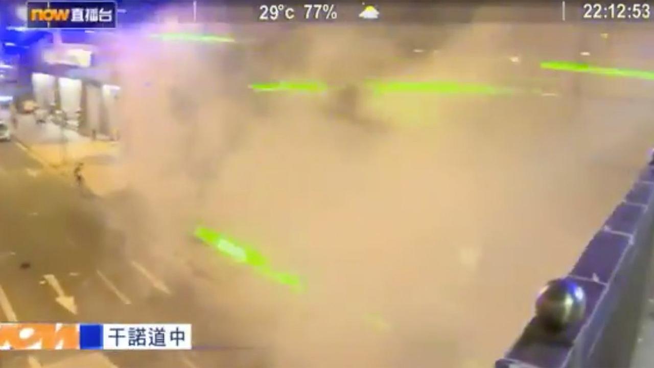 En Hong Kong manifestantes usan lásers para 'cegar' cámaras de reconocimiento facial