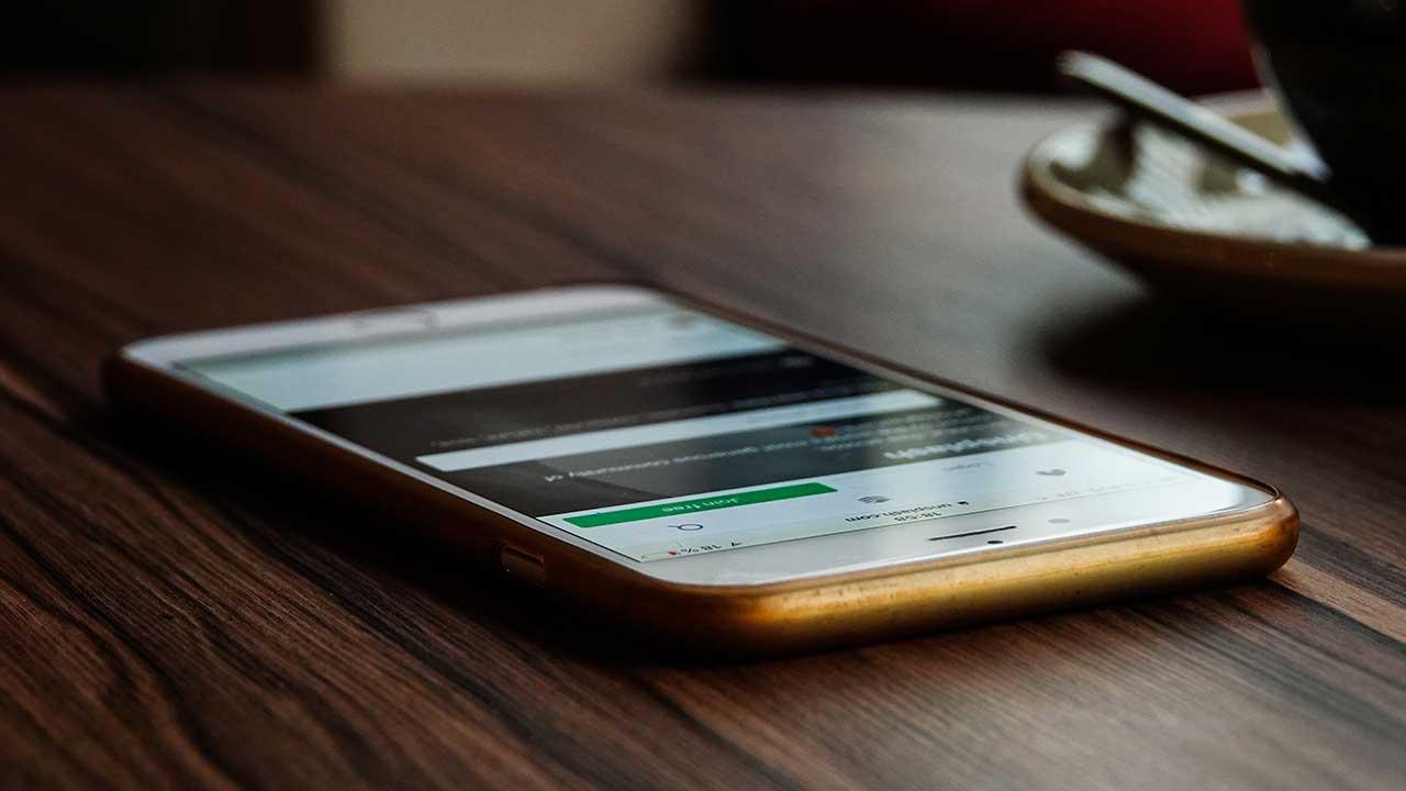 Tres pruebas para saber si tu teléfono está hackeado