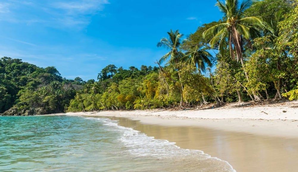 Playa Manuel Antonio, la joya escondida de Costa Rica