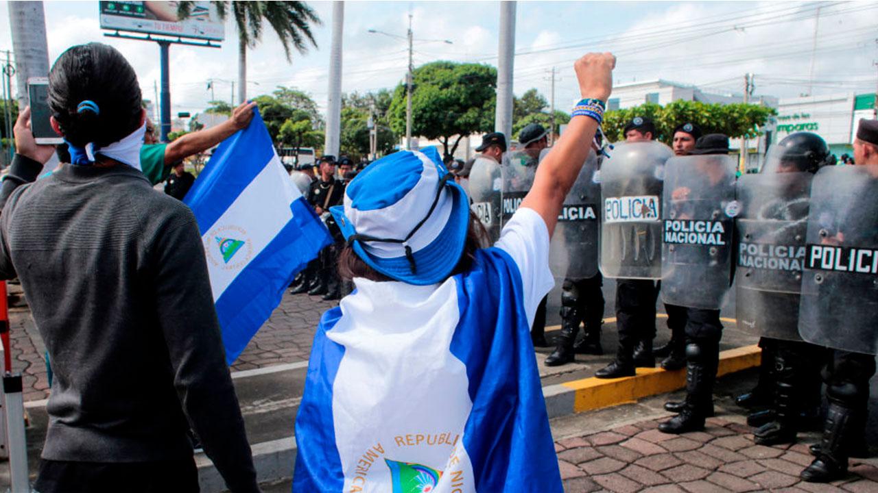 """Pintas de calaveras humanas en casas de opositores, son interpretadas como """"amenazas de muerte"""" en Nicaragua"""