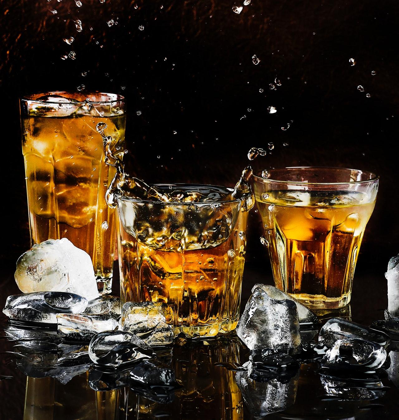 Covid-19 incrementa el mercado ilícito de alcohol