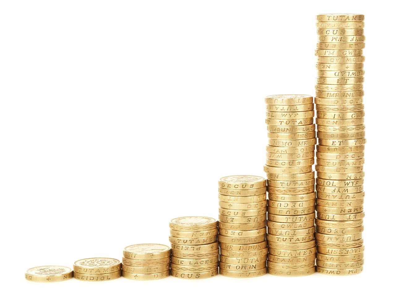 7 de cada 10 costarricenses planea gastar menos dinero a fin de año