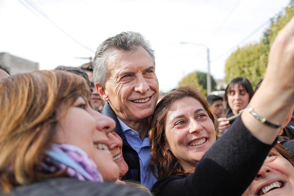 Fernández pretende arrebatar presidencia argentina al neoliberal Macri