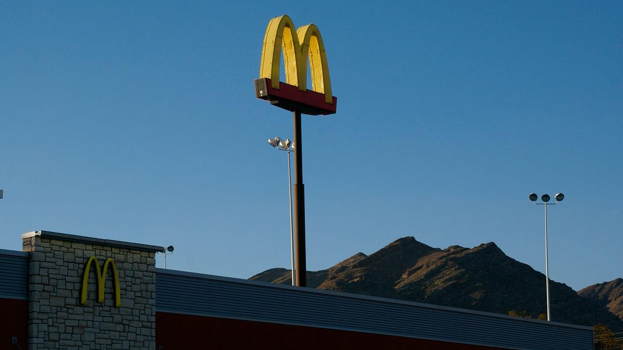 McDonald's anuncia una subida salarial en sus restaurantes de EU
