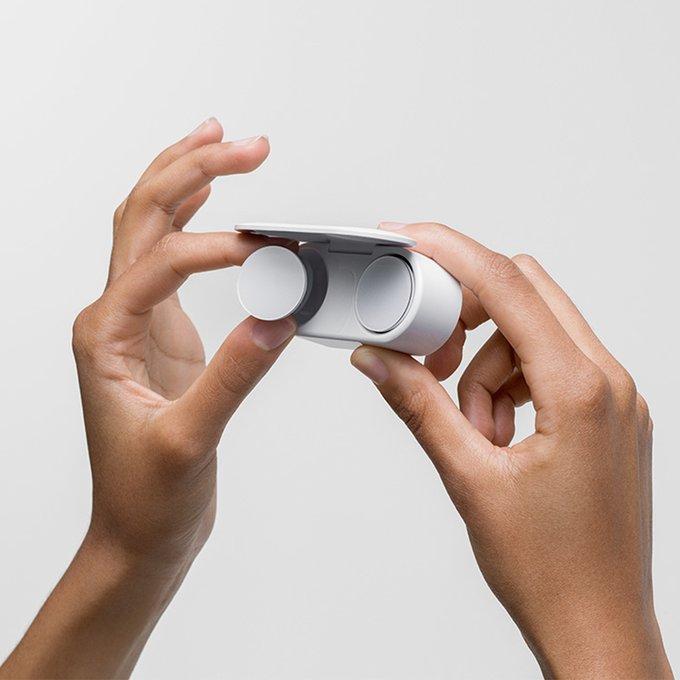 """Nuevos audífonos """"Surface Earbuds"""" de Microsoft transcriben en vivo"""