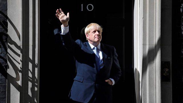 Boris Johnson acepta oferta de la UE para aplazar el Brexit