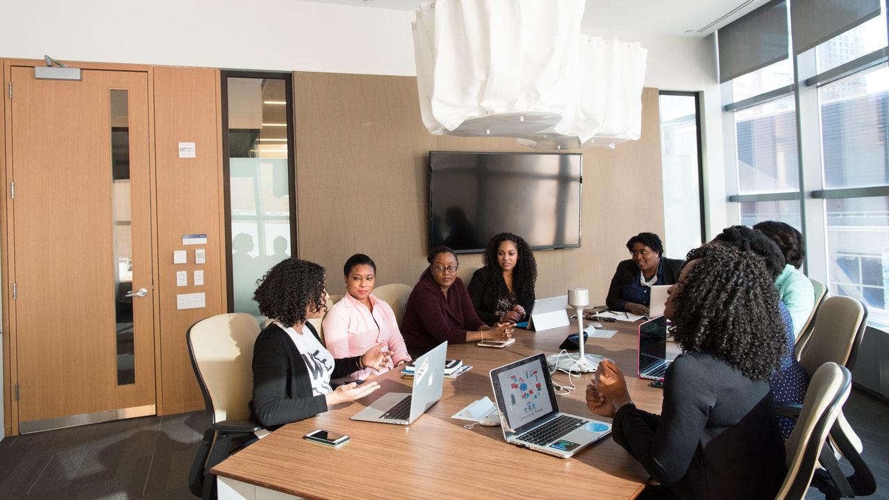 Mujeres empresarias, en desventaja para acceder a créditos
