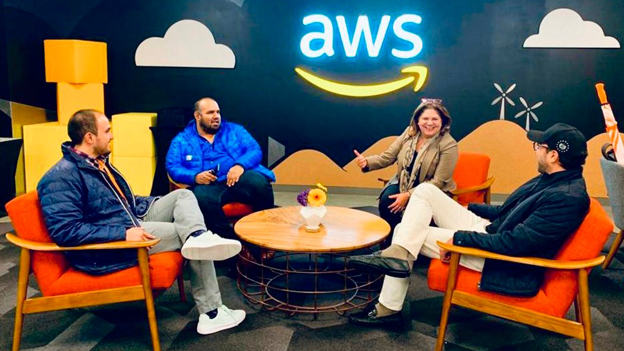 Amazon instalará un centro de capacitación y certificación en El Salvador