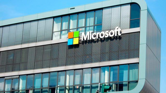 Microsoft pide regular la inteligencia artificial