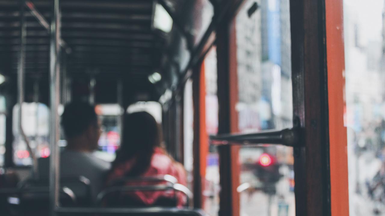 Honduras reanuda transporte público