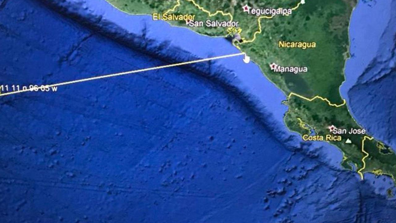 Bukele pide a población costera movilizarse por posible tsunami