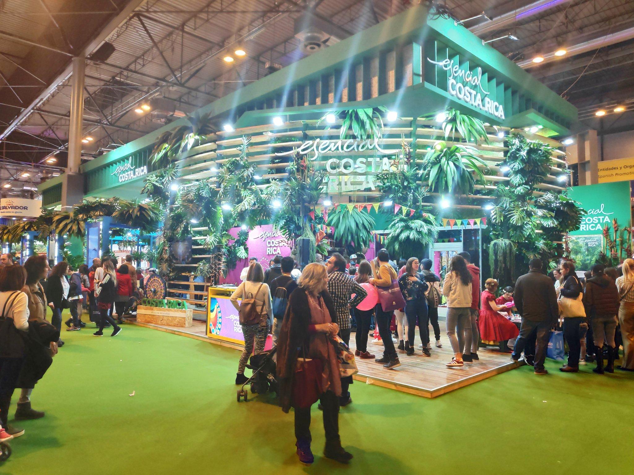 Costa Rica inaugura stand para promoción turística en Londres