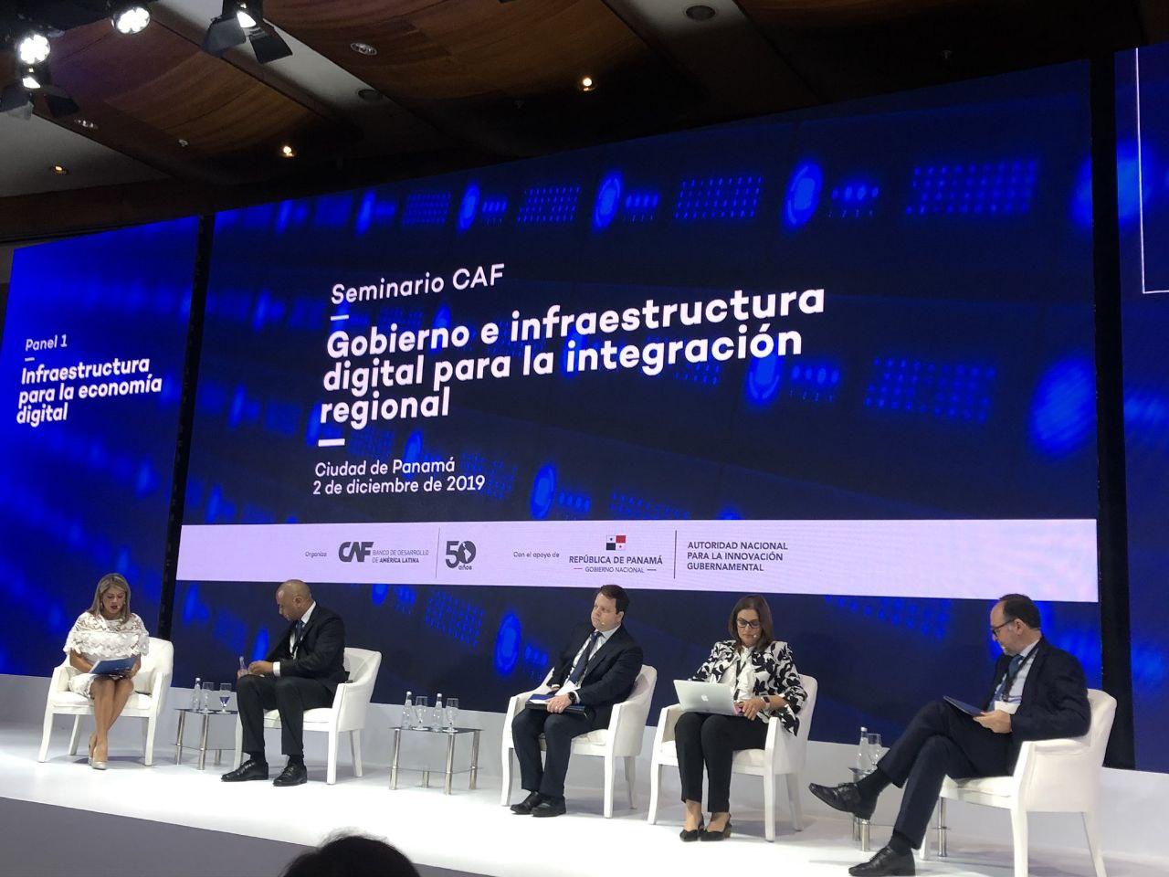 CAF busca construir el primer 'aeropuerto' de datos de Latinoamérica en Panamá