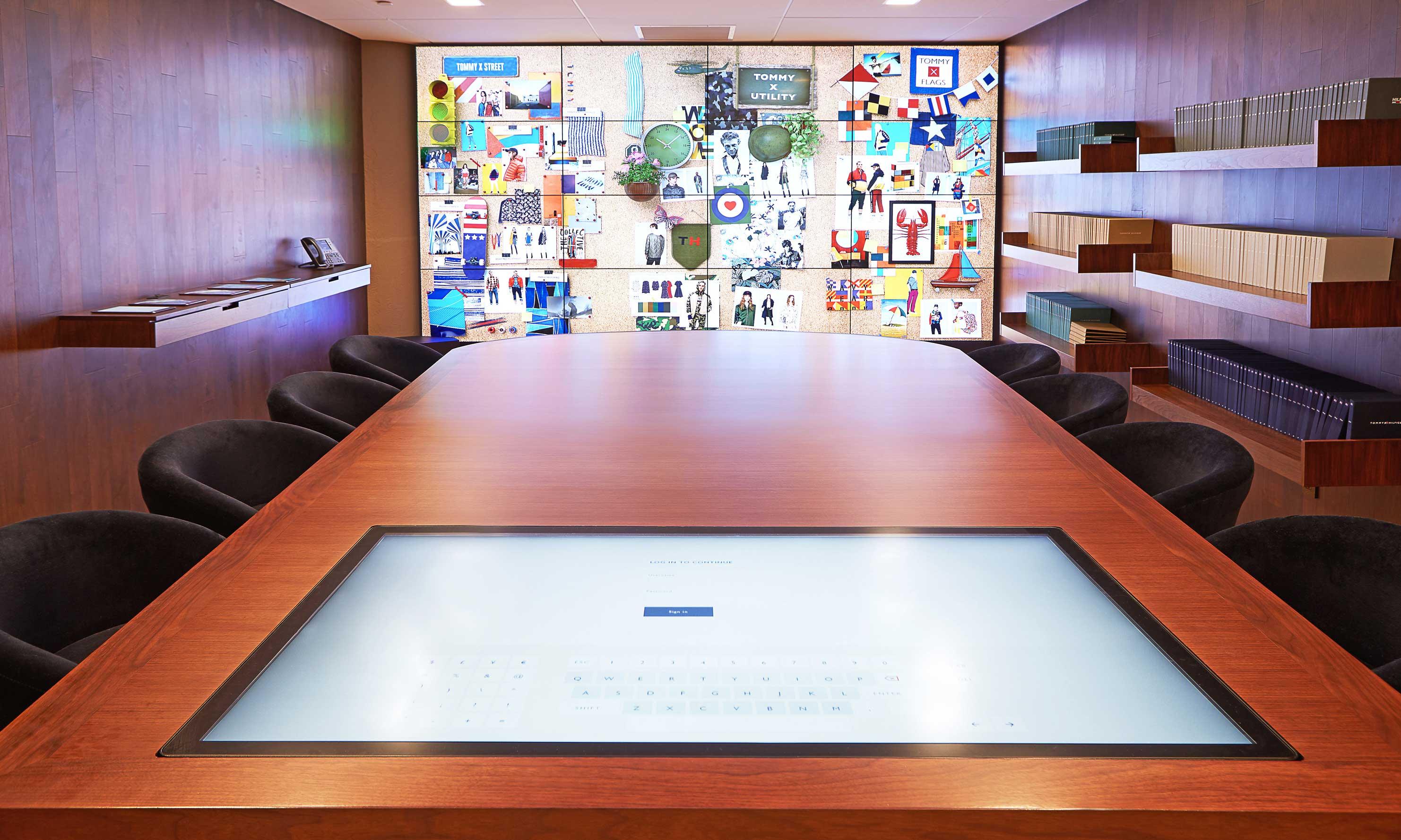 Tommy Hilfiger y la digitalización de la moda con sus showrooms