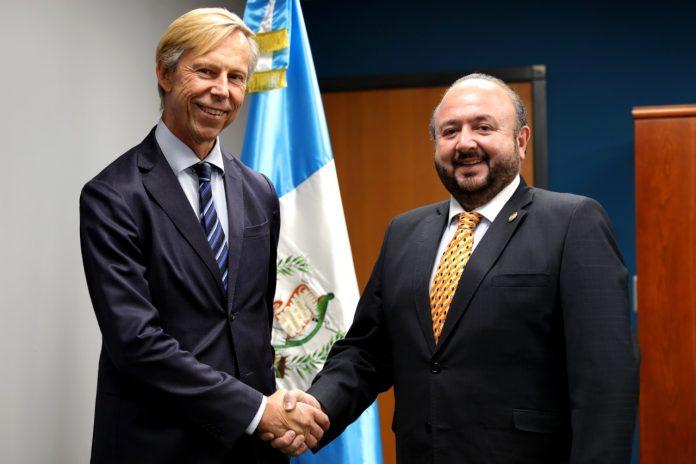 Guatemala y Suecia buscan mejorar relaciones comerciales