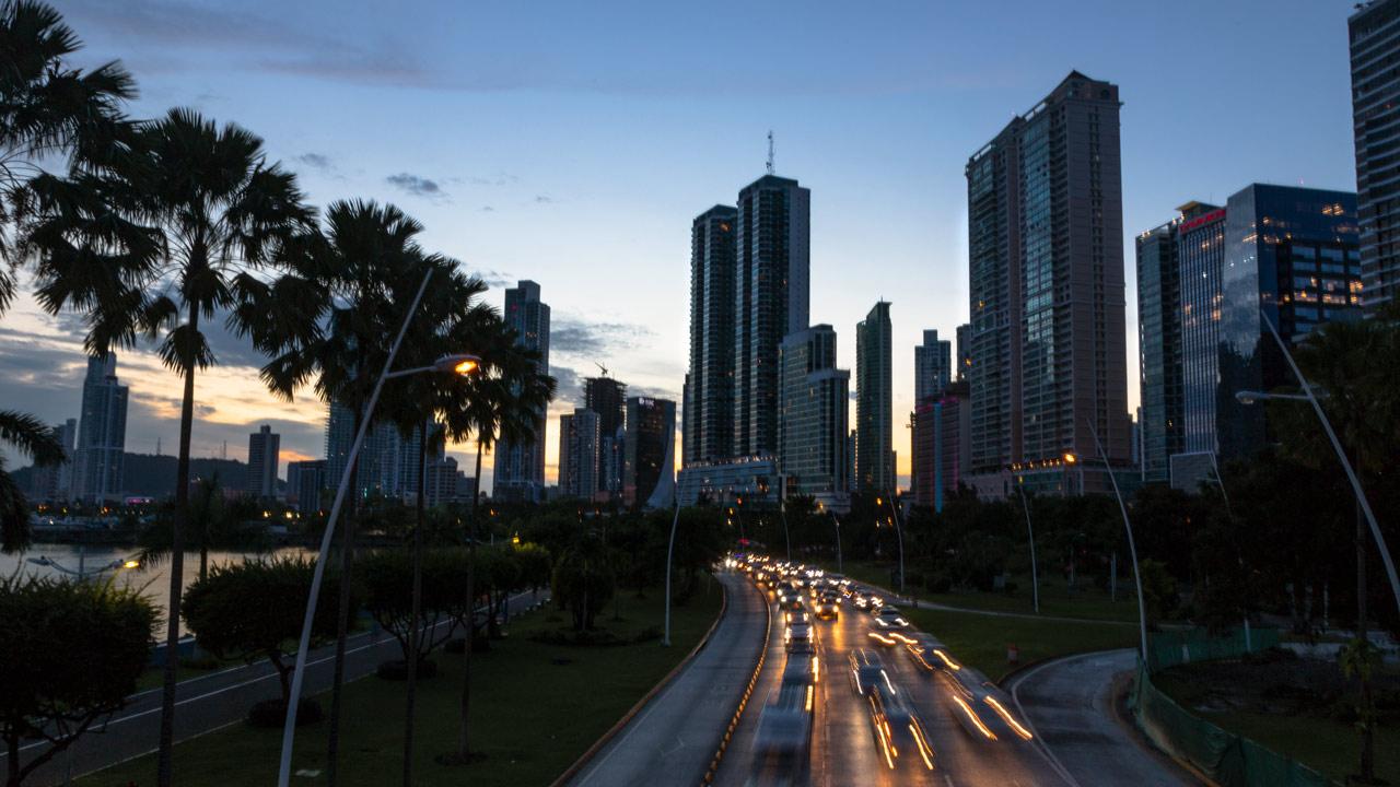 Panamá rechaza nueva inclusión en listas de paraísos fiscales de la UE