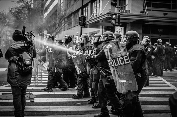 Costa Rica aprueba ley que regula los abusos en huelgas