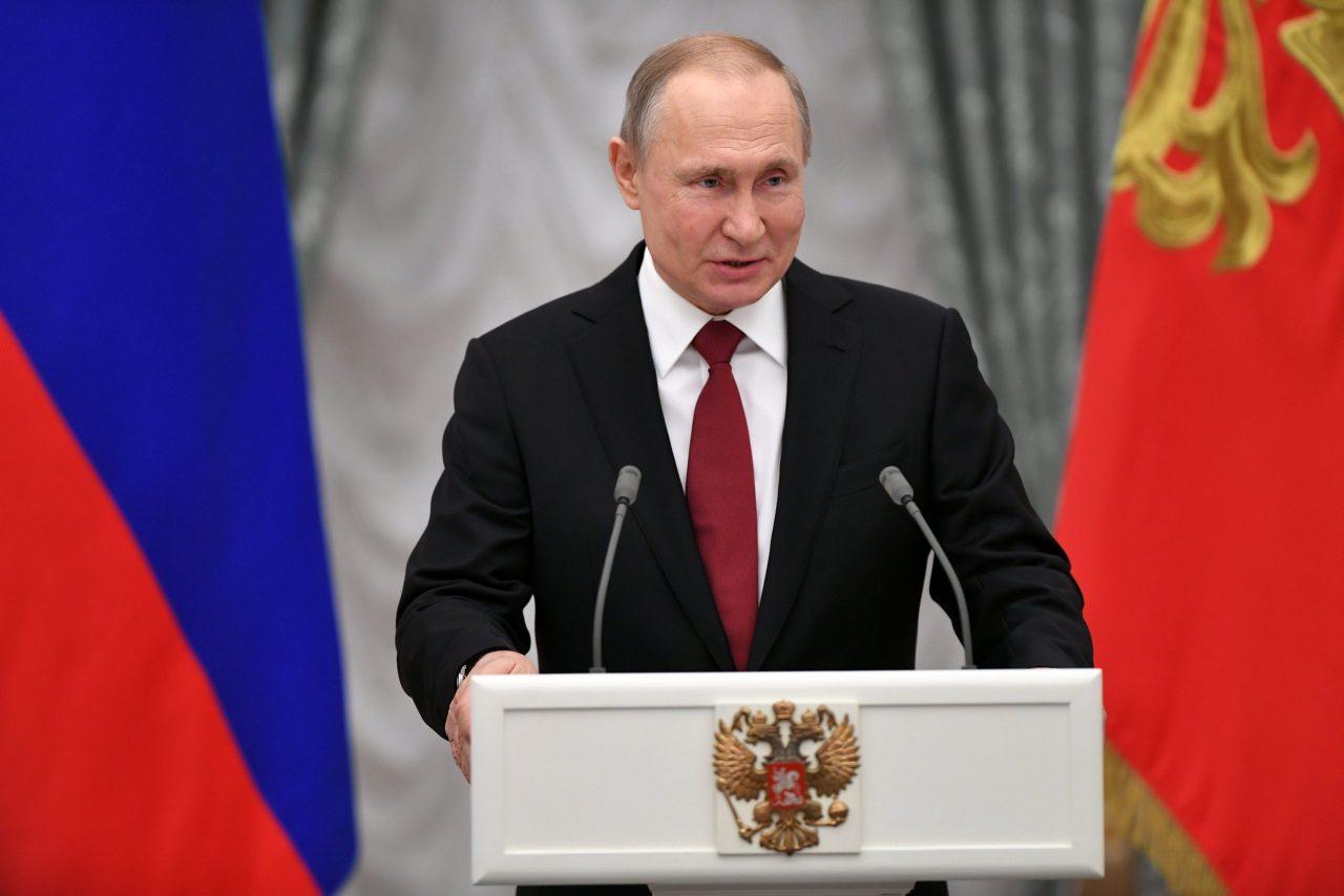 Putin amaga con dura respuesta si Occidente cruza 'líneas rojas' de Rusia
