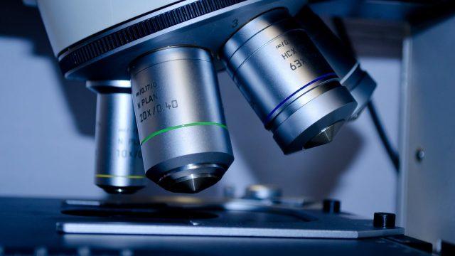 FDA anuncia escasez medicamentos contra malaria por alta demanda relacionada a coronavirus