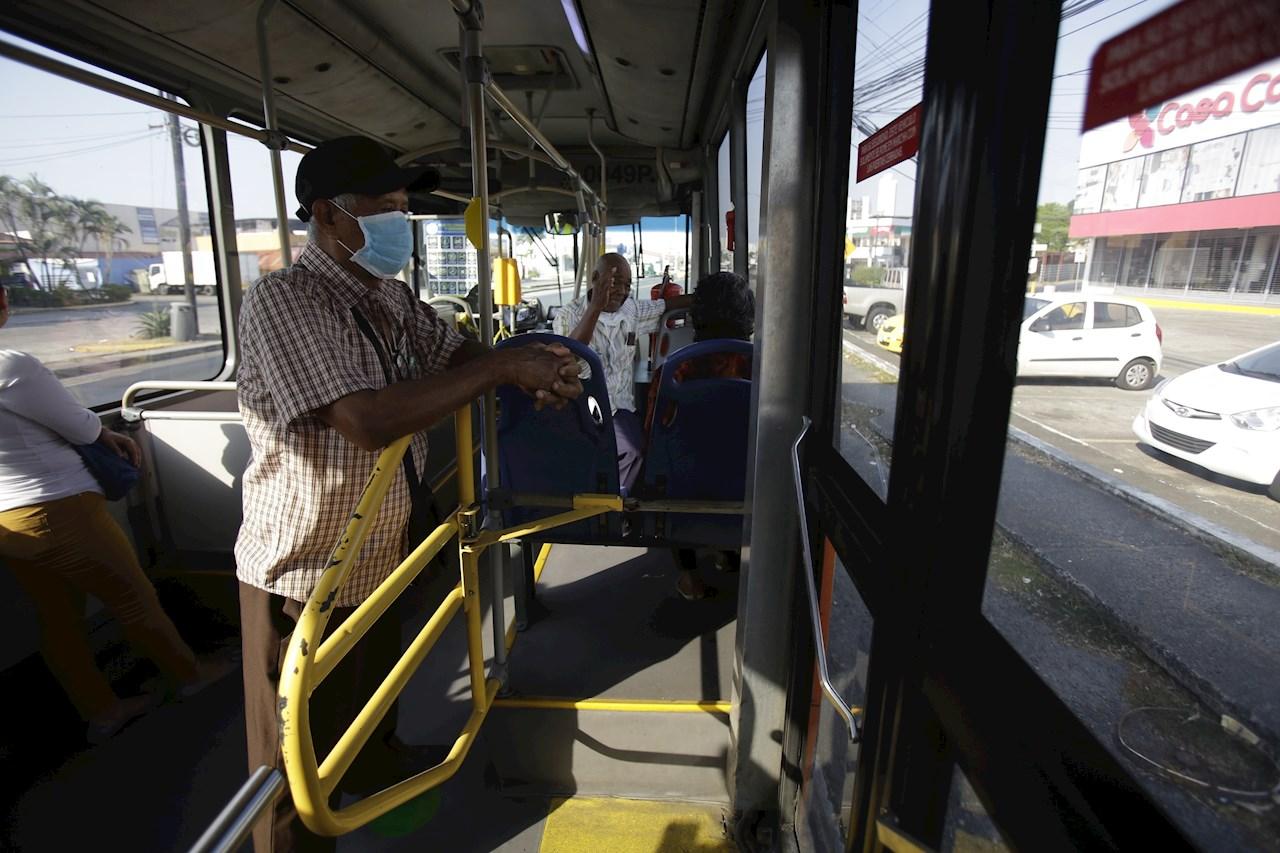 Panamá condiciona el tránsito de personas según el sexo
