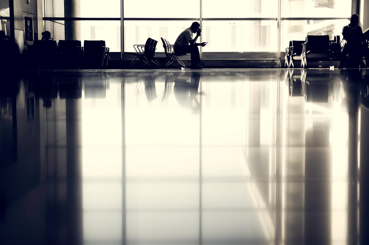 Aerolínea de EU aplican 'pasaporte' contra COVID para viajar a Centroamérica