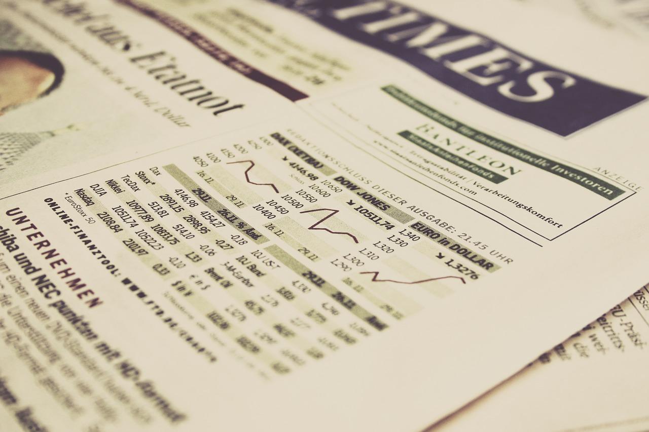 Wall Street abre con leves pérdidas