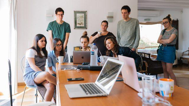 COVID-19 incrementa las brechas de género en el mercado laboral
