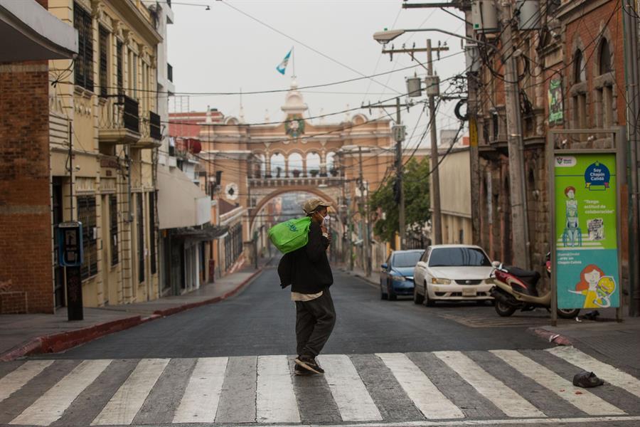 Otras 49 personas mueren por coronavirus en Guatemala