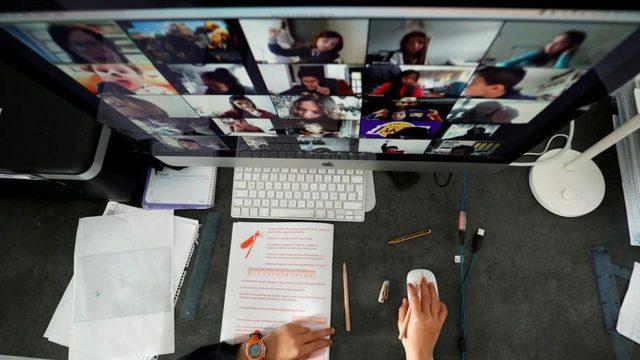 Batalla por las videoconferencias: Zoom lidera, pero Facebook no se rinde