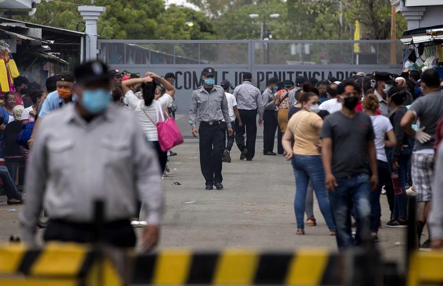 """Esposas de nicaragüenses detenidos piden a EEUU actuar por """"presos políticos"""""""