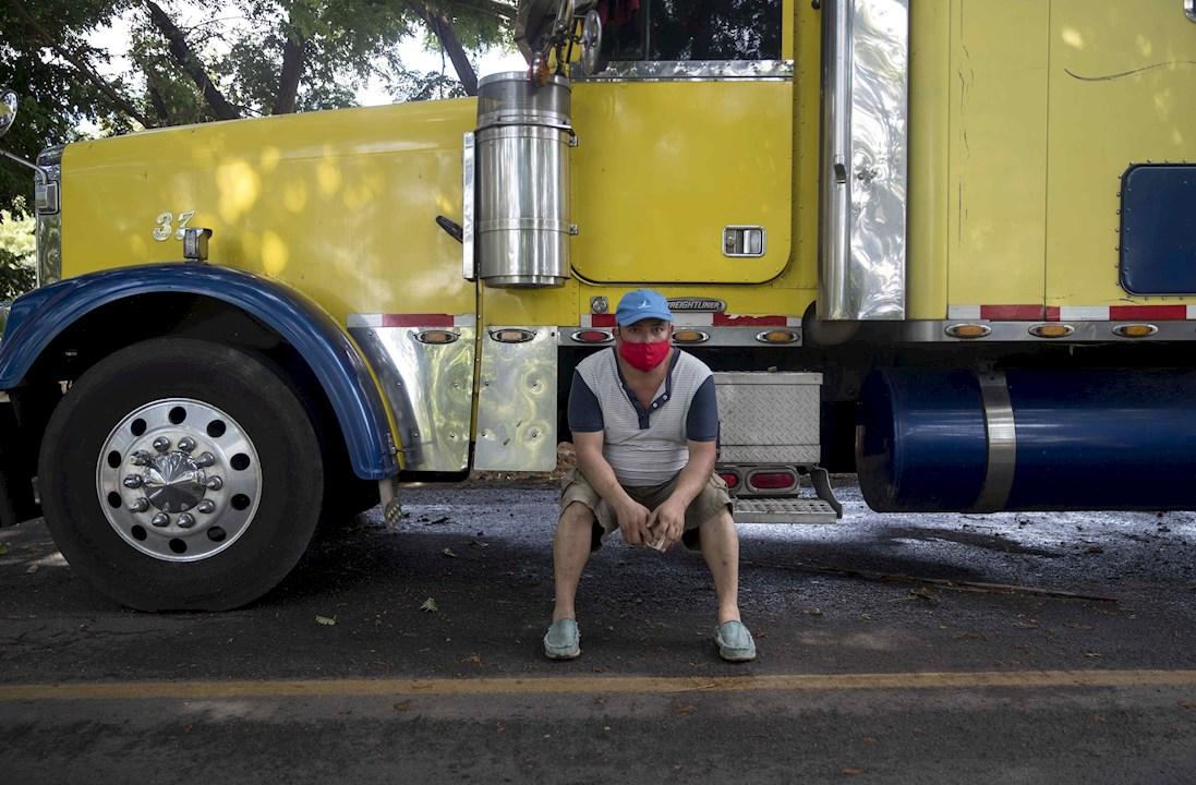 Transporte de carga terrestre en Centroamérica se reanuda con nuevas normas