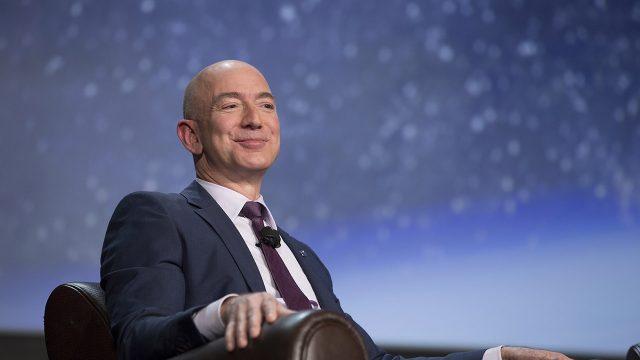 Claves para el éxito que puedes aprender de Jeff Bezos y  Elon Musk