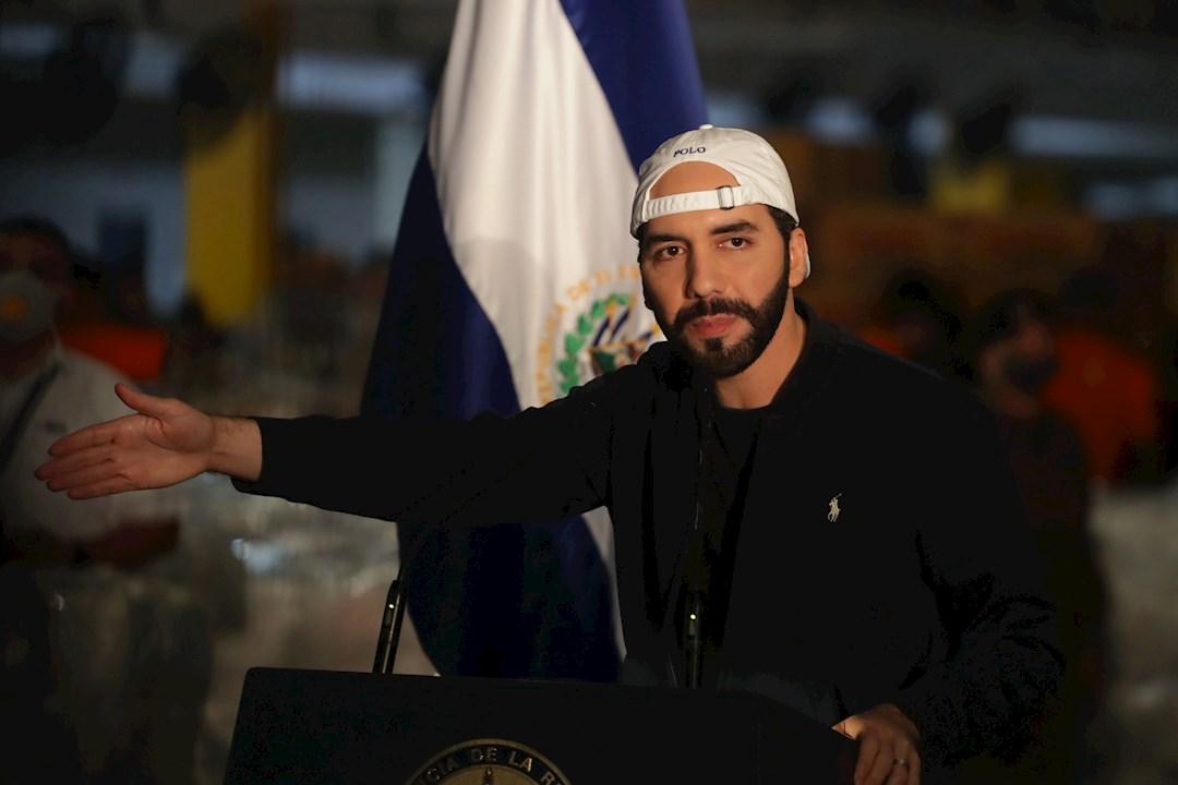 """Bukele anuncia que El Salvador """"está fuera de alerta de una segunda ola epidemiológica"""""""