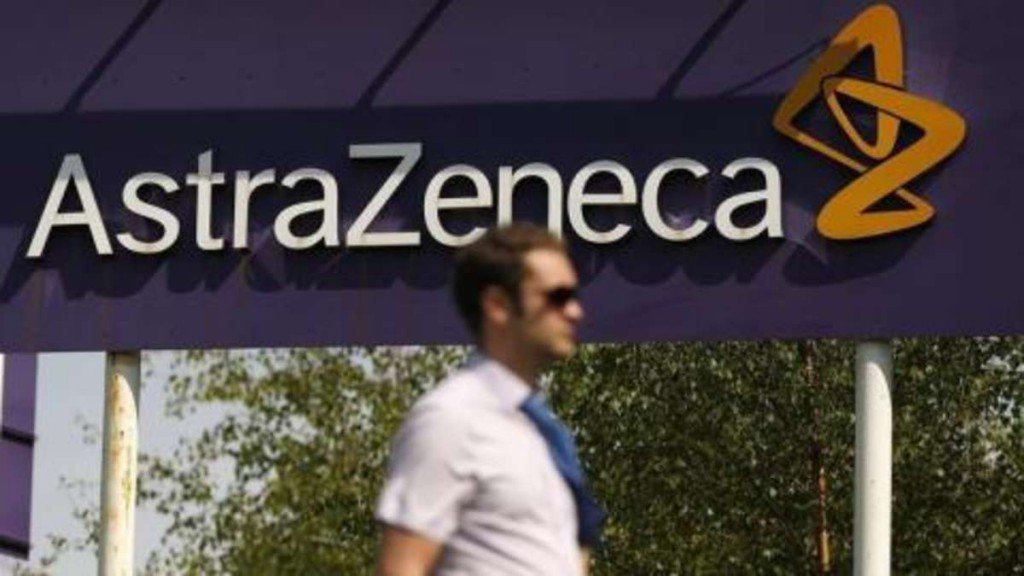 La UE reclama también una indemnización económica a AstraZeneca